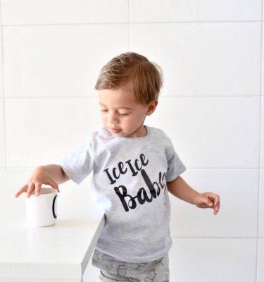 voorbeeld grijze baby t-shirt met opdruk Ice ice baby