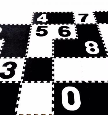 zwart witte foam speelmat met cijfers