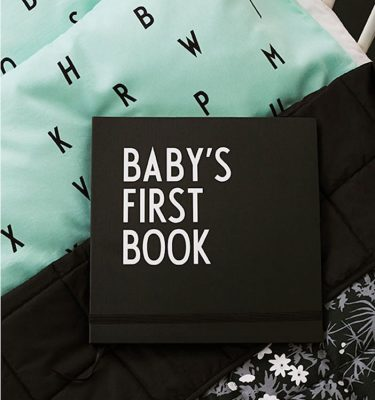 Design Letters Baby's First Book - Black impressie